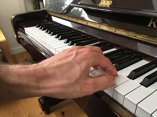 Play Piano With Your Left Hand – Music Theory Academy